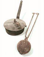 Contenitore e bala del cafè o brustolin (boccia per tostare il caffè).