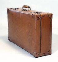 Valigia di cartone.