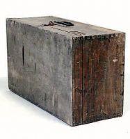 Valigia di legno.