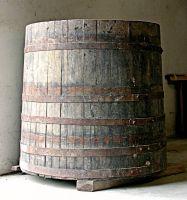 Tina (tino) per la fermentazione del mosto.